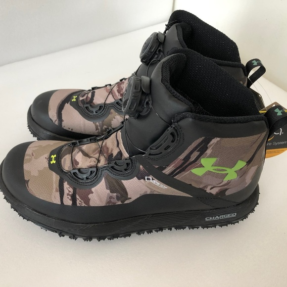 2e80e6aff0d Under Armour fat tire gtx hiking boots NWT